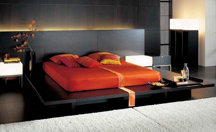 низкая кровать-подиум с подсветкой