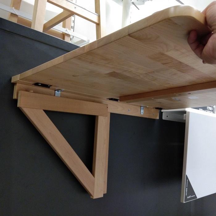 крепление откидной столешницы к стене